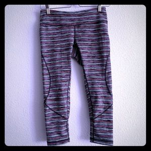 Zella cropped striped leggings sz  S